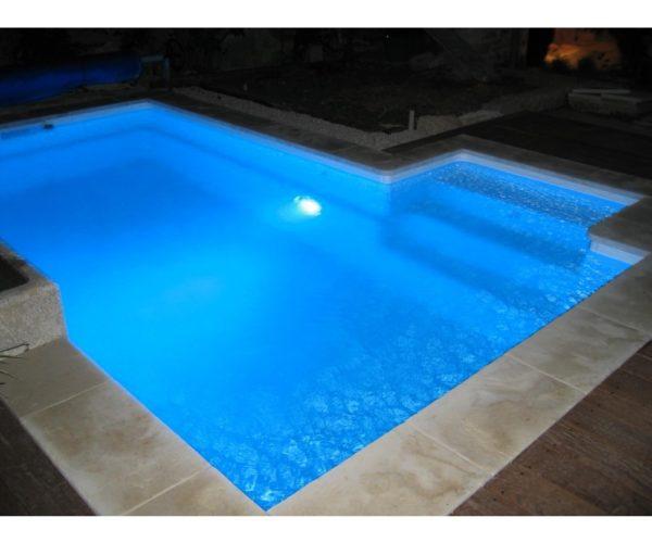Se precisa oficial 1ª albañil especialidad piscinas